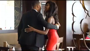 Video of Bbnaija Ozo proposing a lady surfaced online.